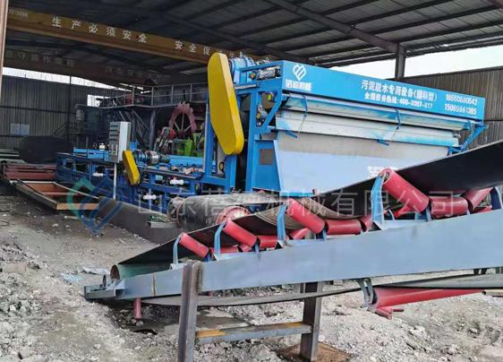 湖北荆州石首市洗沙场泥浆处理设备现场考察